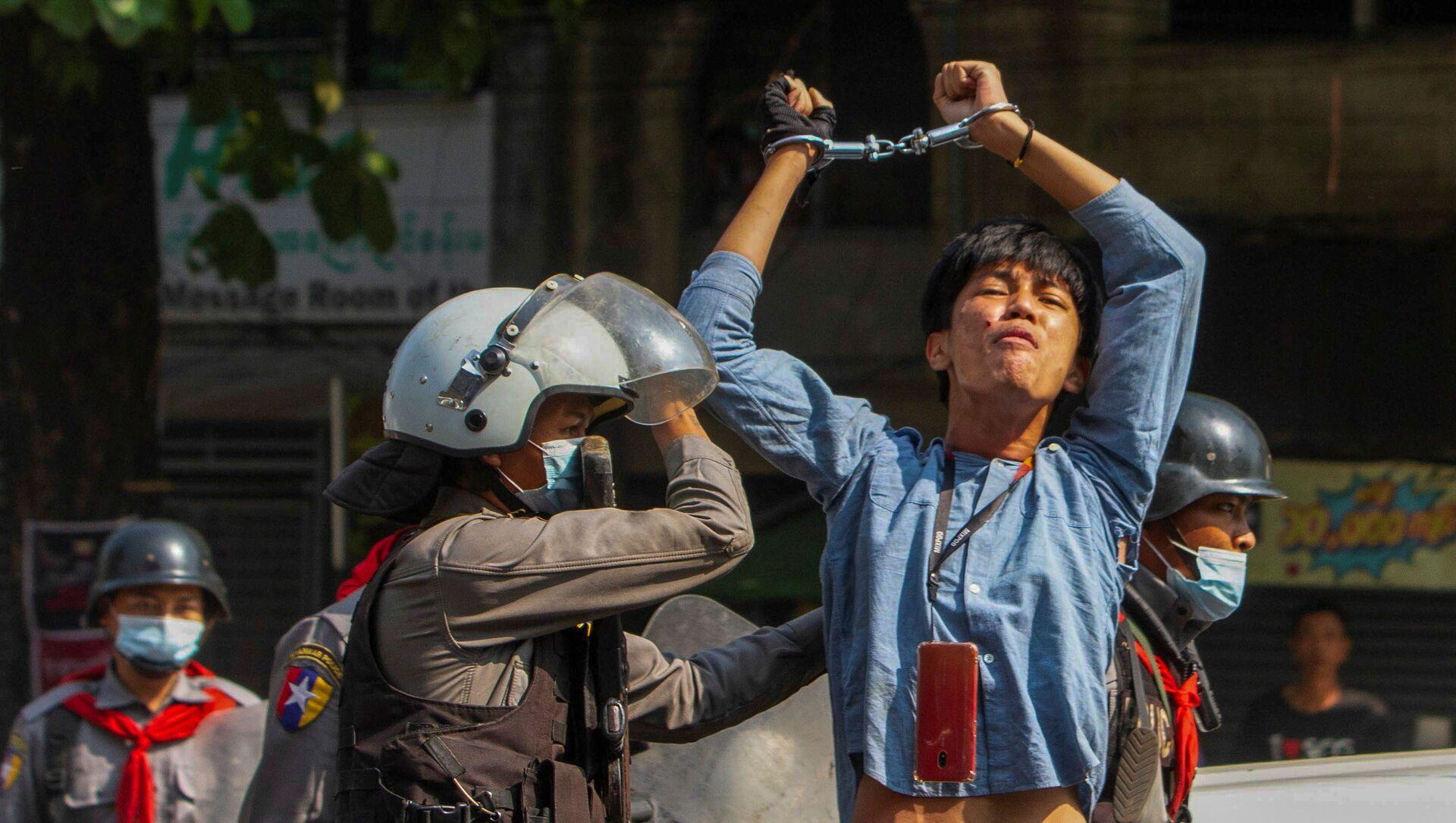 Myanmar, muore poco dopo l'arresto un dirigente del partito della Suu Kyi: rischio escalation  - Sputnik Italia, 1920, 07.03.2021