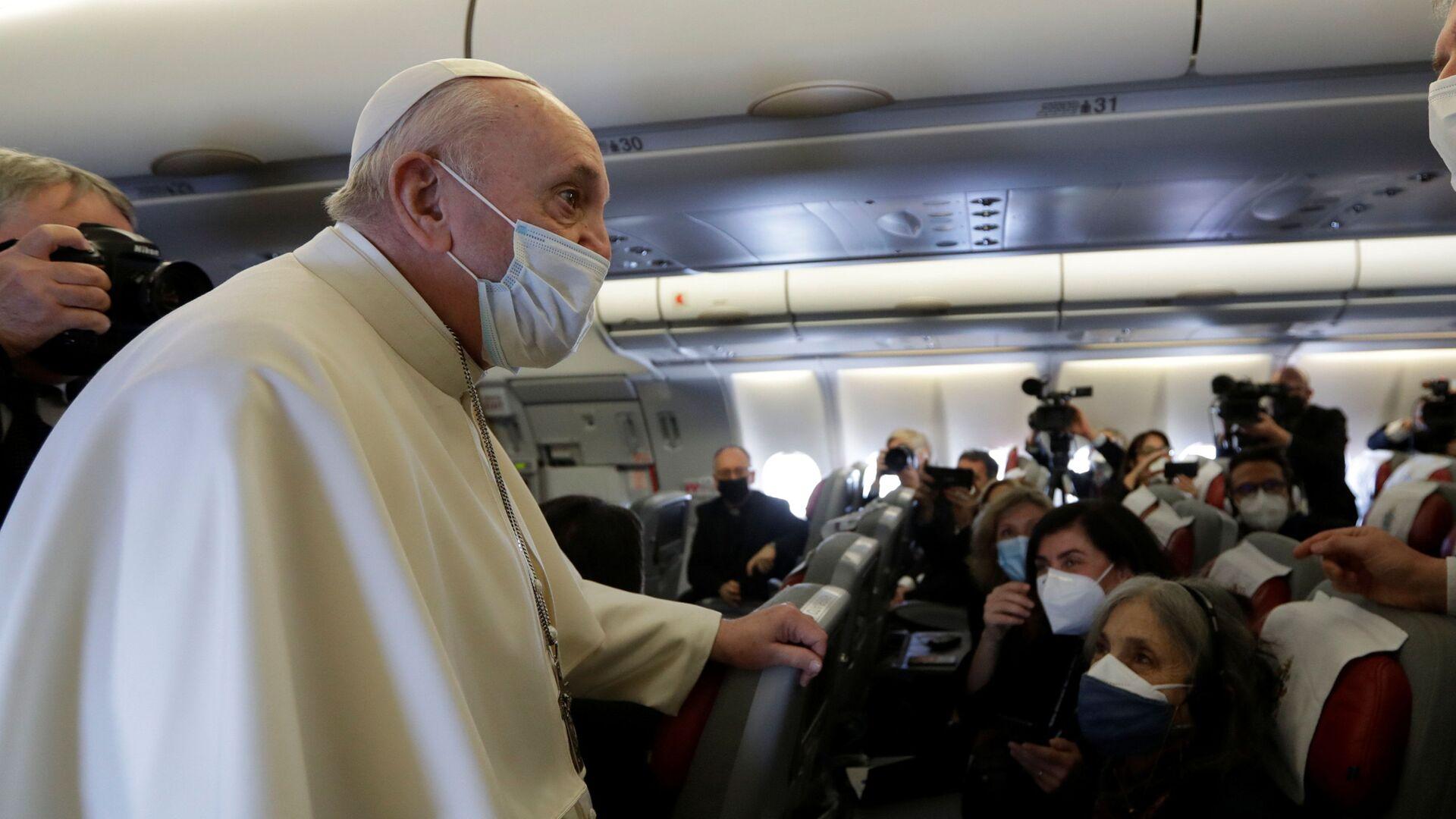 Il Papa Francesco arriva a Baghdad nella prima visita internazionale durante la crisi pandemica - Sputnik Italia, 1920, 06.06.2021