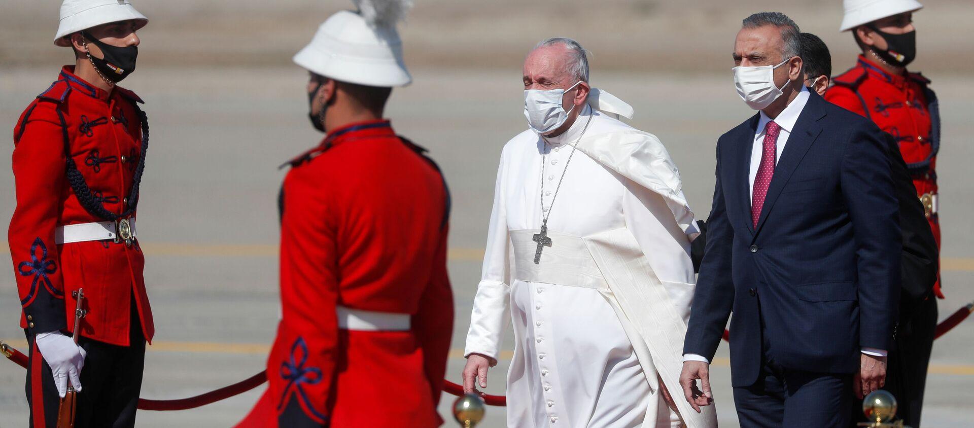 Il Papa Francesco arriva a Baghdad nella prima visita internazionale durante la crisi pandemica - Sputnik Italia, 1920, 08.03.2021