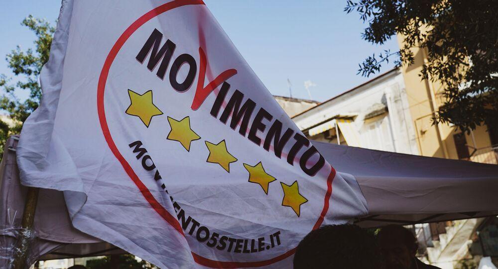 La bandiera del partito MoVimento 5 Stelle