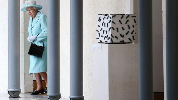 La regina Elisabetta II della Gran Bretagna - Sputnik Italia