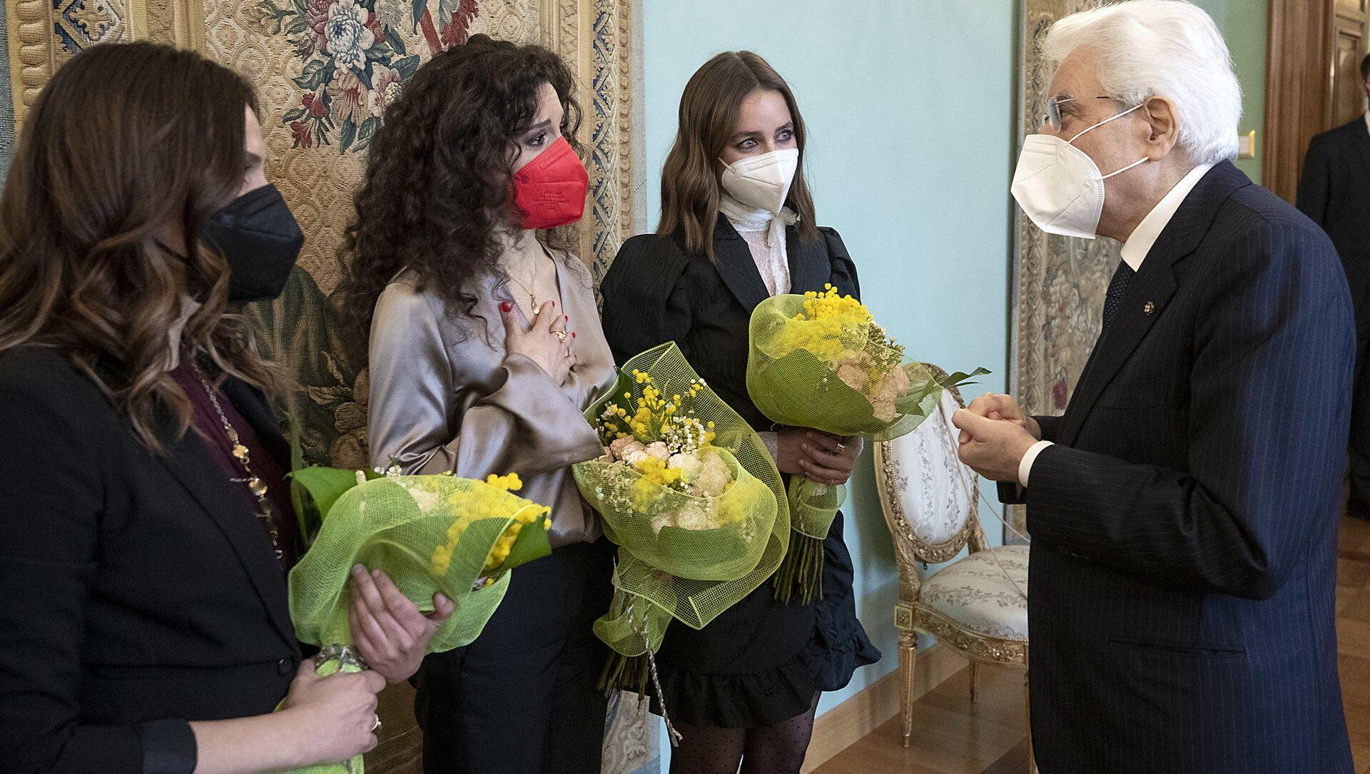8 marzo, il ricordo di Mattarella delle donne vittime di femminicidio - Sputnik Italia, 1920, 08.03.2021