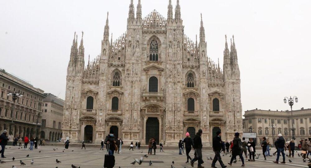 Piazza del Duomo a Milano, Italia