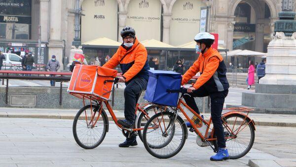I rider a Milano, Italia - Sputnik Italia