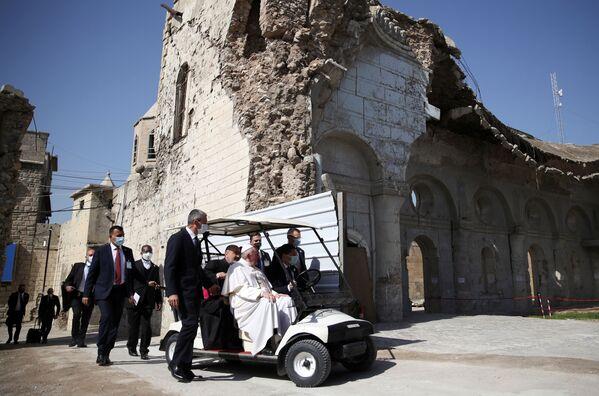 Papa Francesco in visita in Iraq - Sputnik Italia