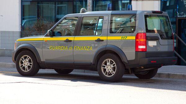 Машина финансовой гвардии Италии - Sputnik Italia