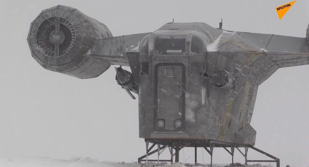 Star Wars, fan costruisce una replica dell'astronave di The Mandalorian in Siberia