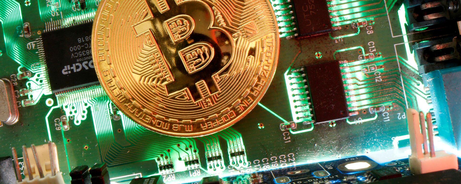 Bitcoin - Sputnik Italia, 1920, 21.05.2021