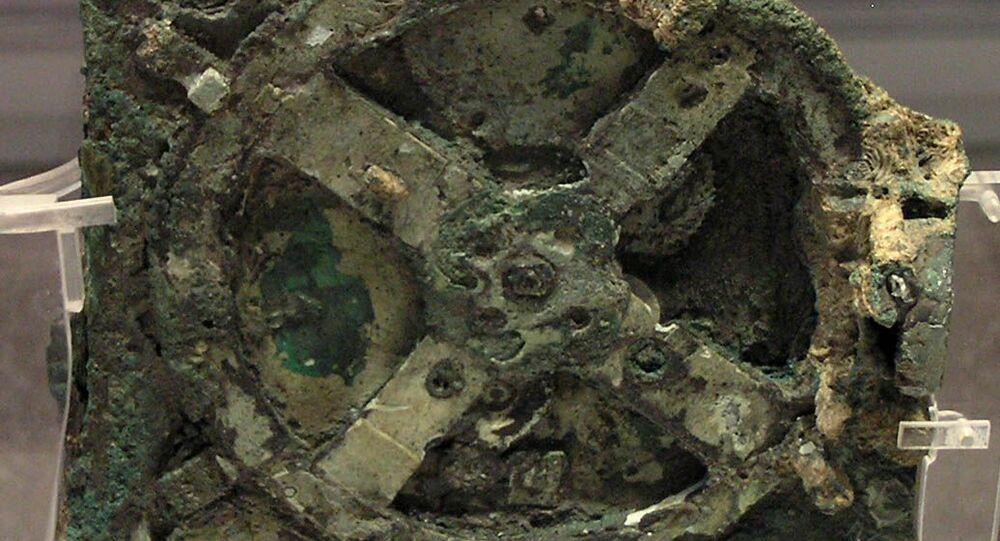 Ricercatori potrebbero aver risolto il mistero della macchina di Anticitera
