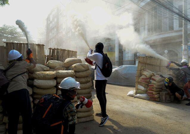 Le proteste nel Myanmar