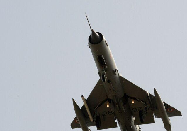 Un MiG-21 dell'Aviazione indiana