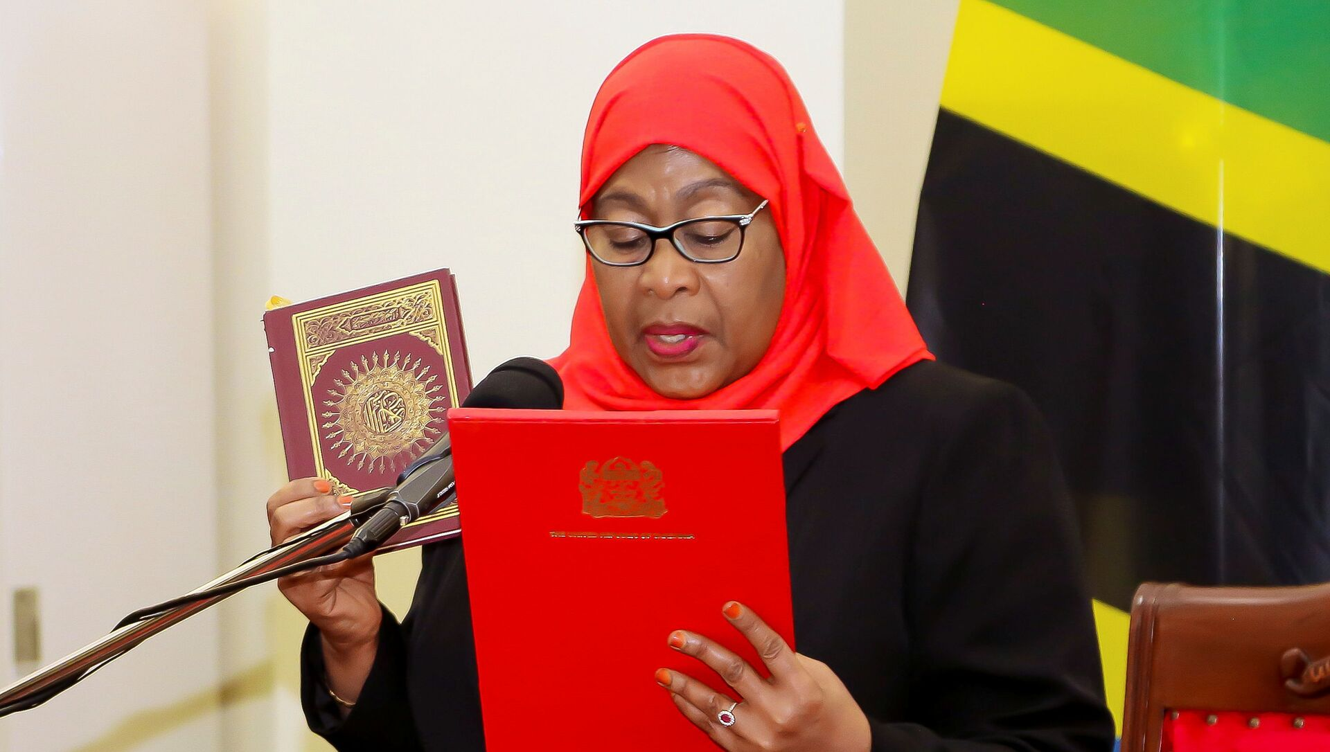 Tanzania's new President Samia Suluhu Hassan takes oath of office following the death of her predecessor John Pombe Magufuli at State House in Dar es Salaam, Tanzania March 19, 2021 - Sputnik Italia, 1920, 19.03.2021
