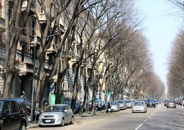 Auto a Milano