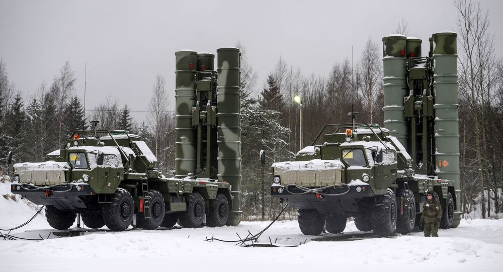Lanciamissili russi S-400