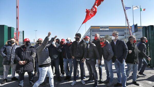 Sciopero dei lavoratori Amazon in Italia - Sputnik Italia