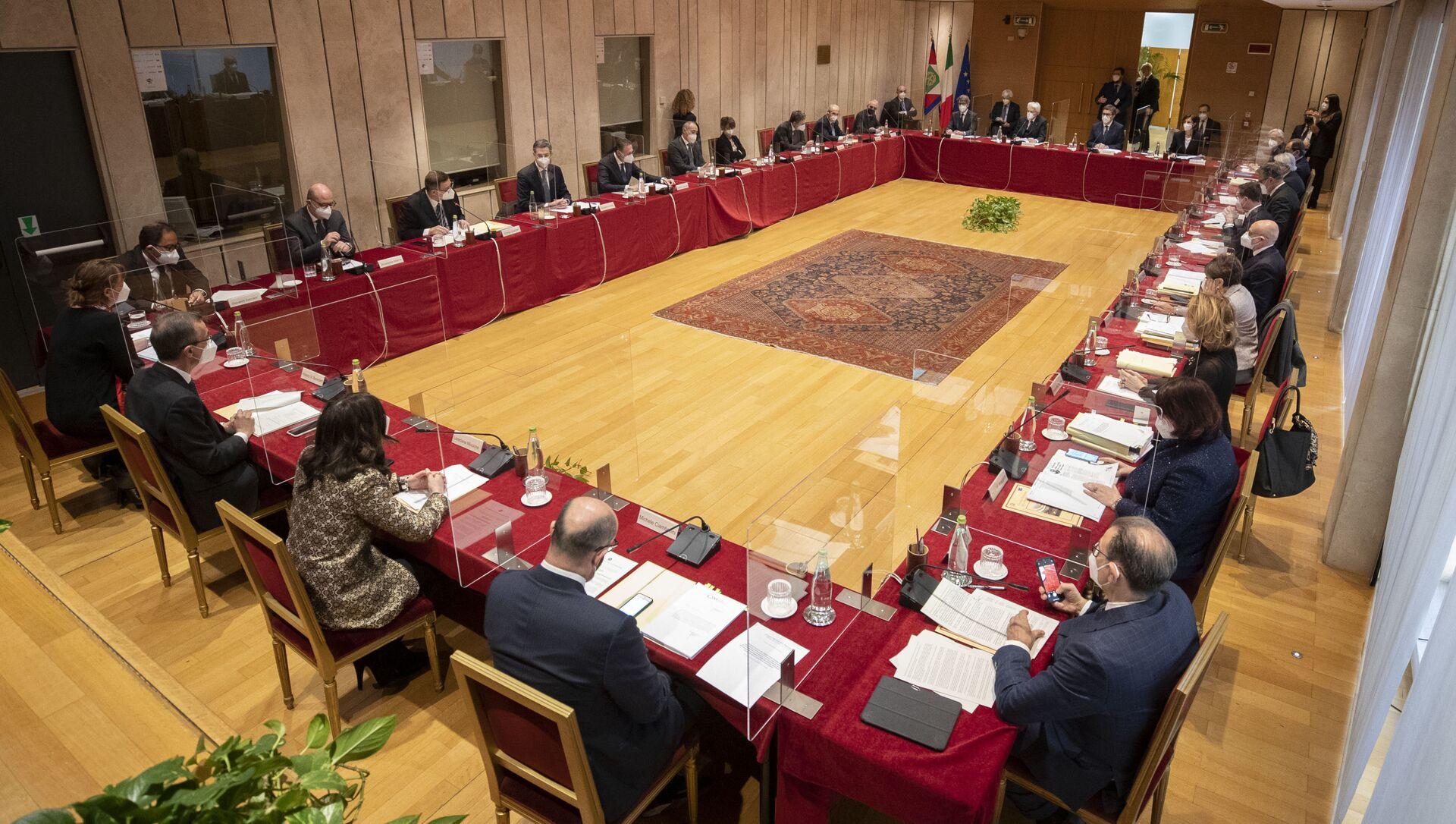 Il Presidente della Repubblica Sergio Mattarella presiede l'Assemblea plenaria del Consiglio Superiore della Magistratura - Sputnik Italia, 1920, 23.03.2021