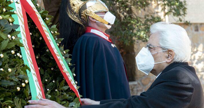 Il presidente Sergio Mattarella alla commemorazione del 77° anniversario del massacro nazista alle Fosse Ardeatine, Roma 24 marzo 2021