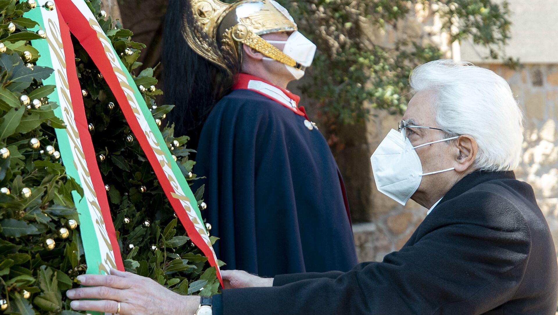 Il presidente Sergio Mattarella alla commemorazione del 77° anniversario del massacro nazista alle Fosse Ardeatine, Roma 24 marzo 2021 - Sputnik Italia, 1920, 03.04.2021