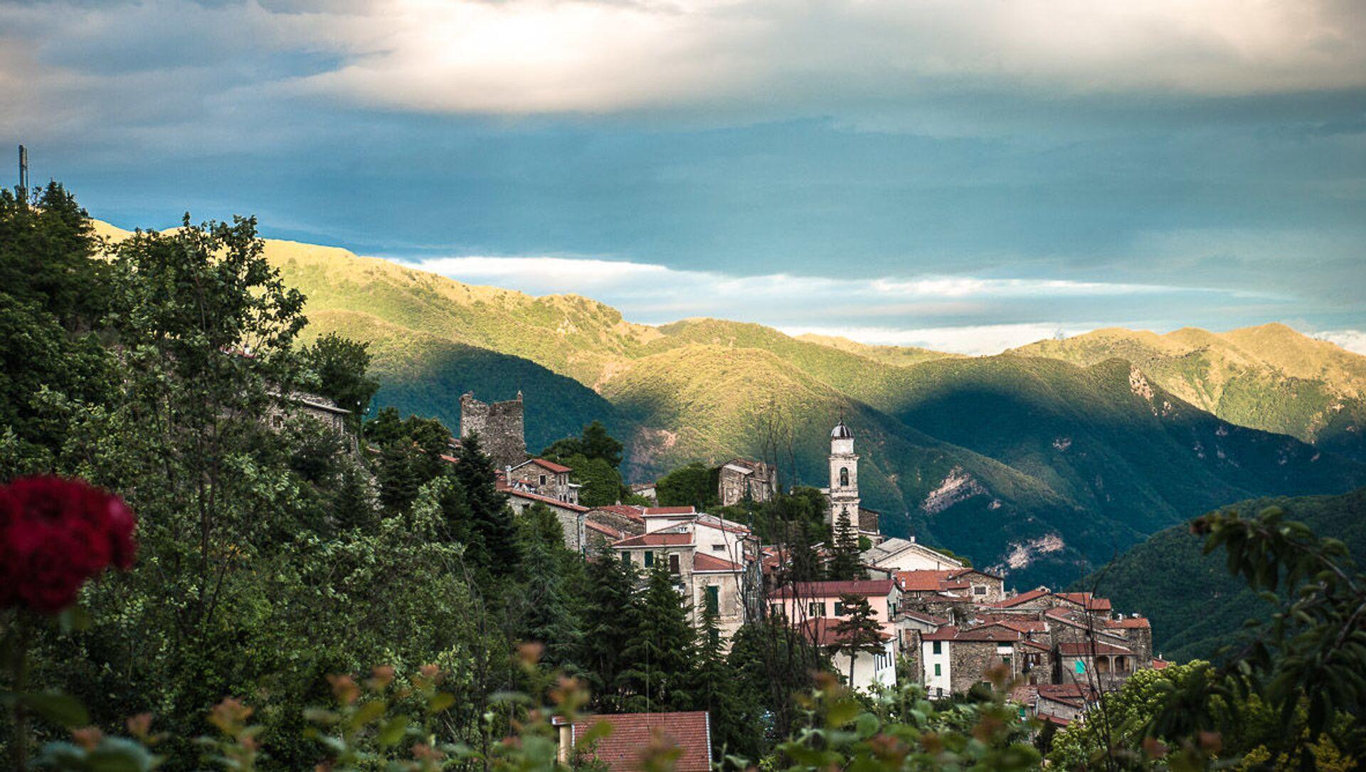 Triora, comune in provincia di Imperia - Sputnik Italia, 1920, 24.03.2021