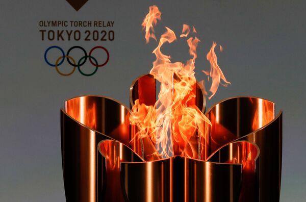 La fiaccola olimpica - Sputnik Italia