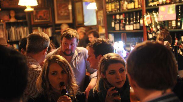 In un pub di Dublino - Sputnik Italia