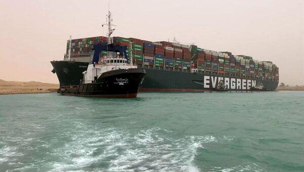 La nave Ever Given nel canale di Suez - Sputnik Italia