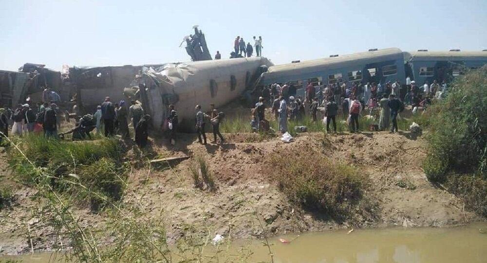 Scontro di due treni a Sohag, Egitto