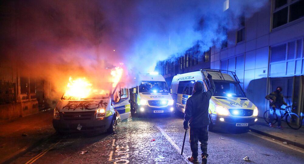Manifestazioni violente a Bristol