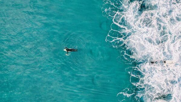 Un surfista - Sputnik Italia