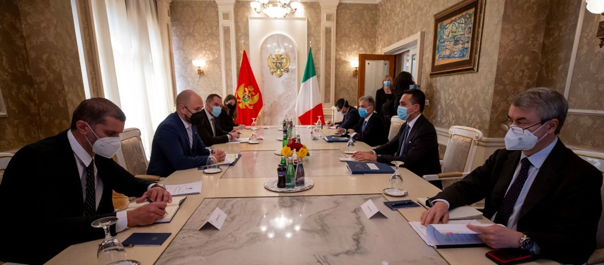 Di Maio incontra il Ministro degli Esteri del Montenegro, Djordje Radulovic. - Sputnik Italia, 1920, 29.03.2021