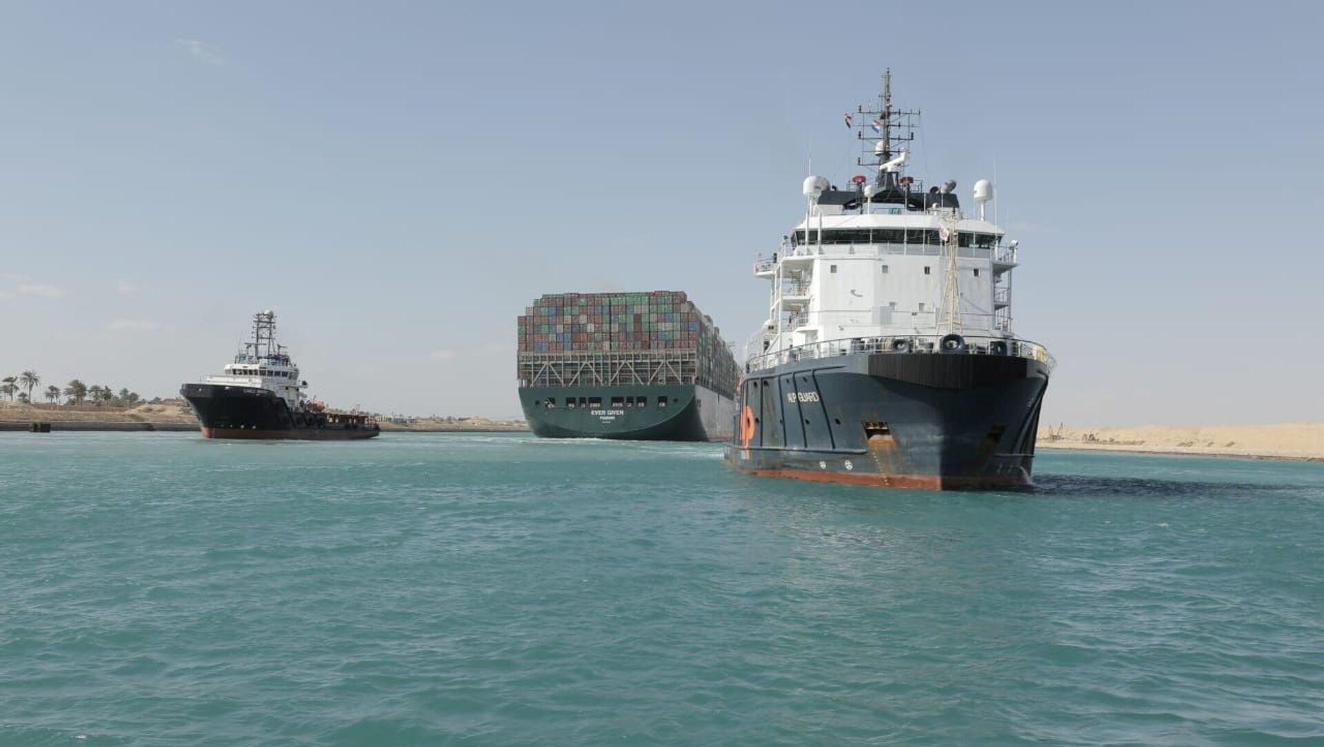 La nave Ever Given lascia il canale di Suez - Sputnik Italia, 1920, 13.04.2021