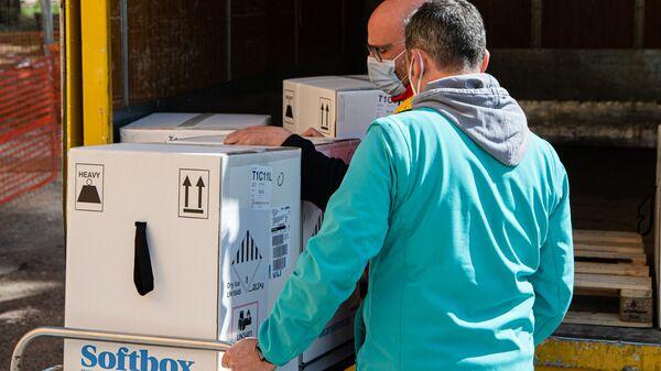 Un milione di vaccini Pfizer consegnati in tutta Italia - Sputnik Italia