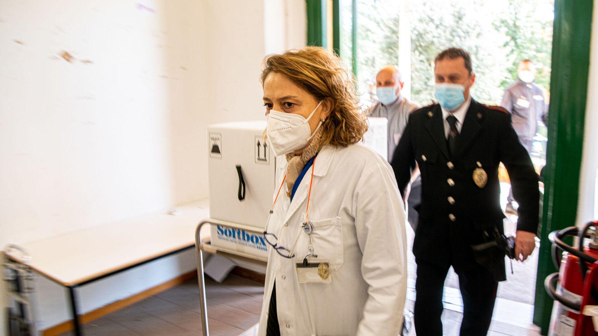 Consegna Vaccini Pfizer all'Ospedale Santa Maria della Pietà a Roma - Sputnik Italia, 1920, 16.08.2021