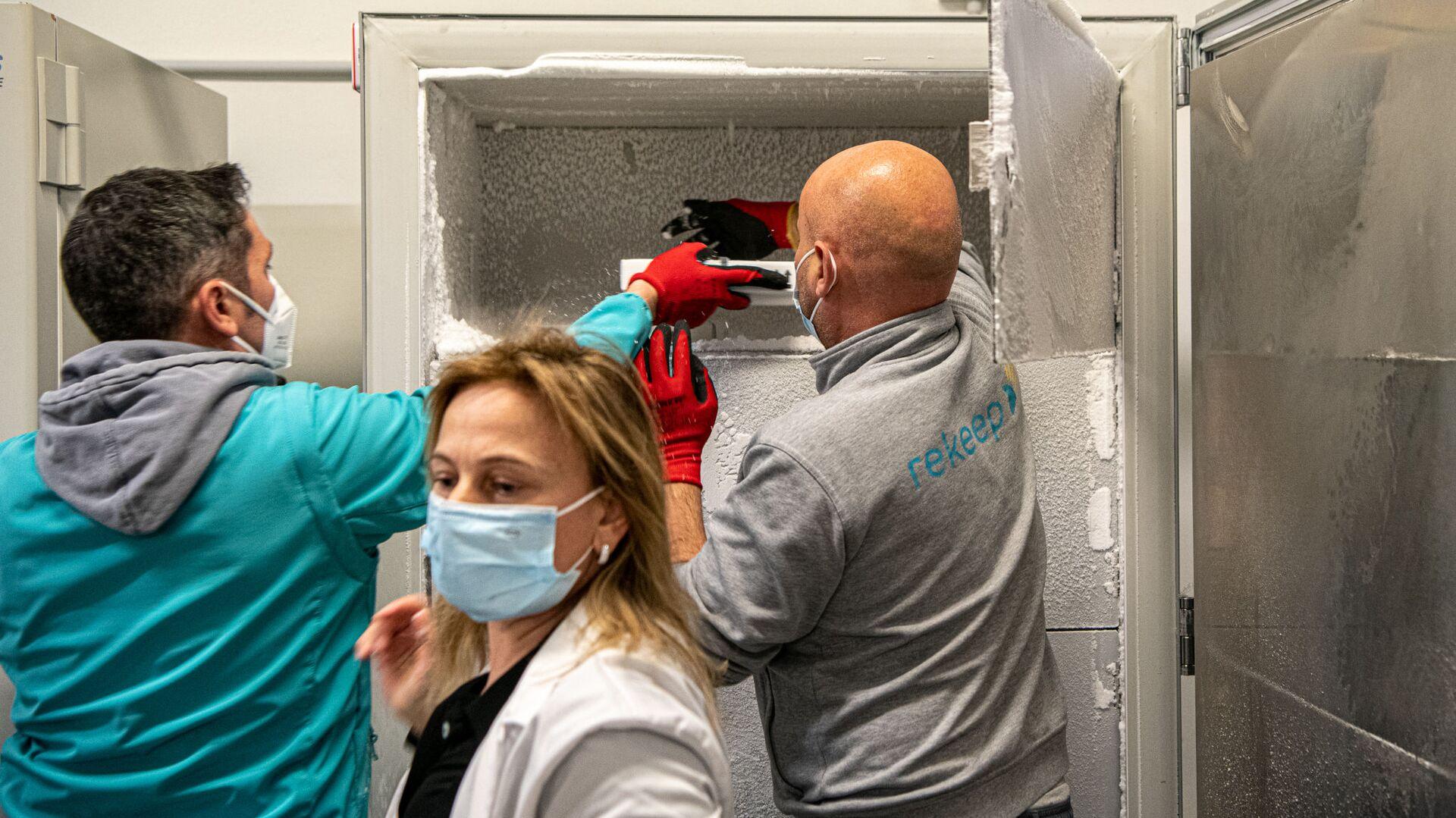 Consegna Vaccini Pfizer all'Ospedale Santa Maria della Pietà a Roma - Sputnik Italia, 1920, 18.05.2021