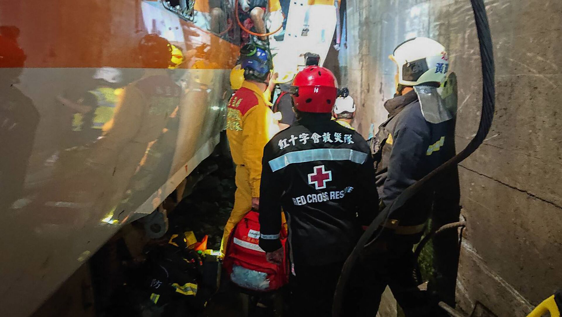 Taiwan, incidente ferroviario: evacuazione dei passeggeri - Sputnik Italia, 1920, 03.04.2021