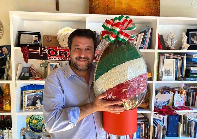 Matteo Salvini il giorno prima della Pasqua, 2021