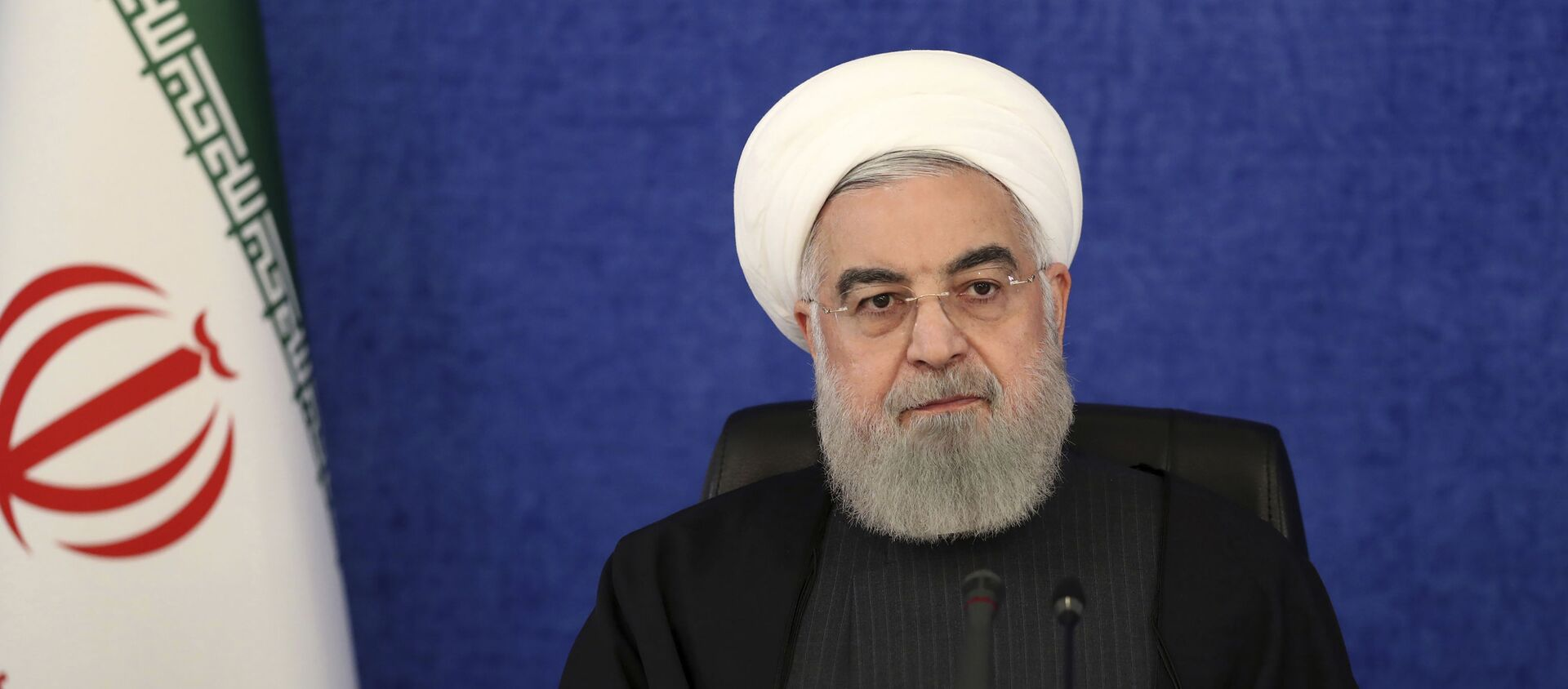 In this photo released by the official website of the office of the Iranian Presidency, President Hassan Rouhani attends a meeting in Tehran, Iran, Thursday, Jan. 7, 2021 - Sputnik Italia, 1920, 15.04.2021