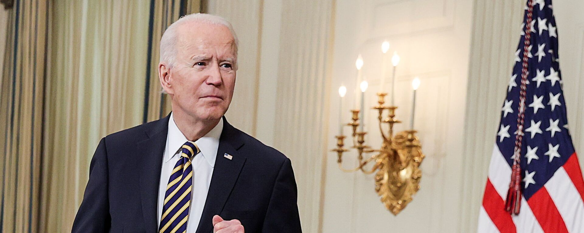 Joe Biden alla Casa Bianca il giorno della firma dell'ordine esecutivo sul muro del Messico - Sputnik Italia, 1920, 21.08.2021