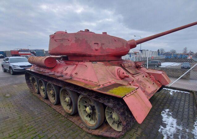 Il carro armato rosa in Repubblica Ceca