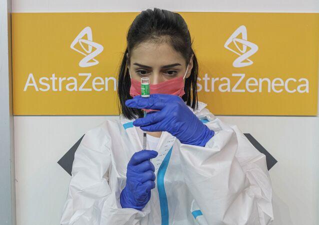 Il vaccino AstraZeneca