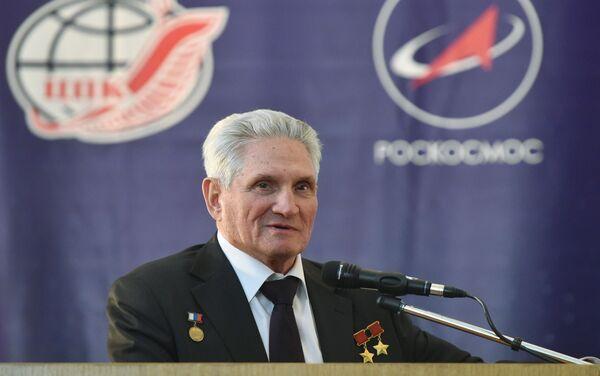 Il cosmonauta sovietico Boris Volynov - Sputnik Italia