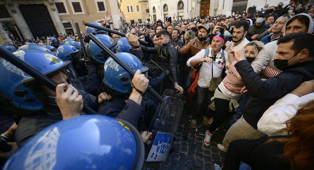 Manifestazione IoApro, Questura di Roma non autorizza, piazza già concessa