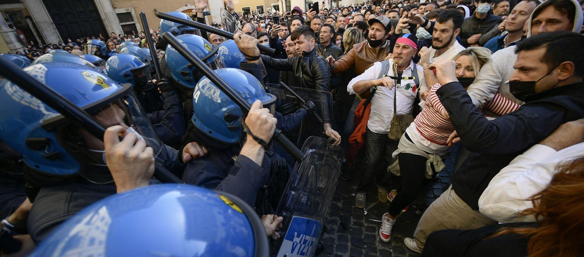 Manifestazione per le riaperture davanti a Montecitorio - Sputnik Italia, 1920, 15.04.2021
