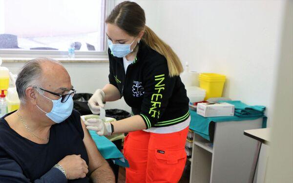 Vaccinazione con Sputnik V - Sputnik Italia