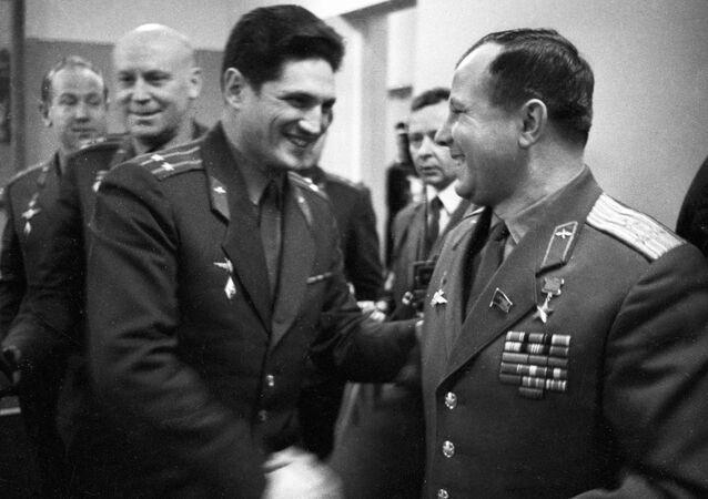 Boris Volynov e Yury Gagarin