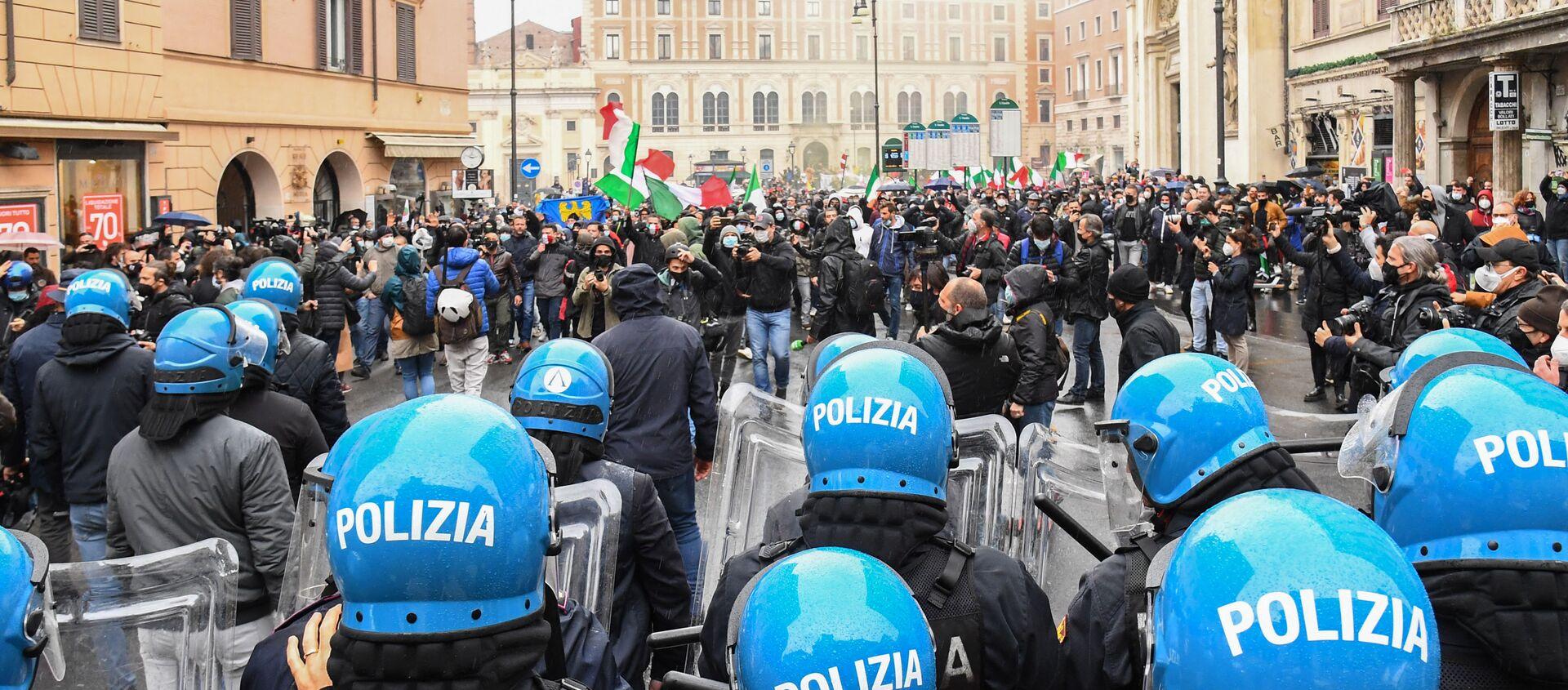La manifestazione a Roma, il 12 aprile del 2021 - Sputnik Italia, 1920, 14.04.2021