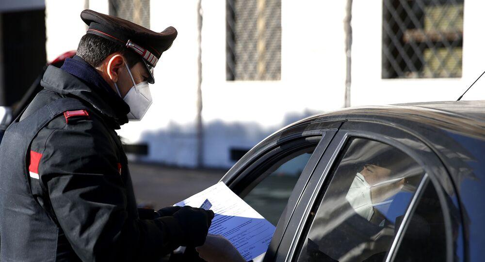 Controllo di un'autocertificazione da parte dei carabinieri