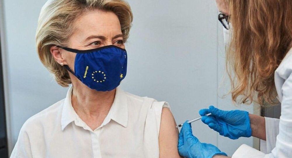 La vaccinazione di Ursula Von Der Leyen