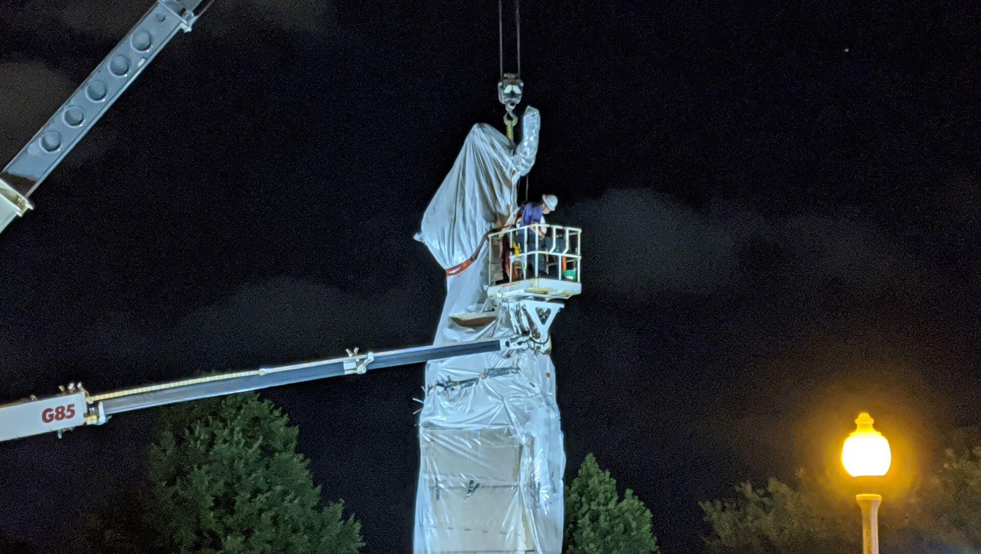 La statua di Cristoforo Colombo a Chicago - Sputnik Italia, 1920, 16.04.2021