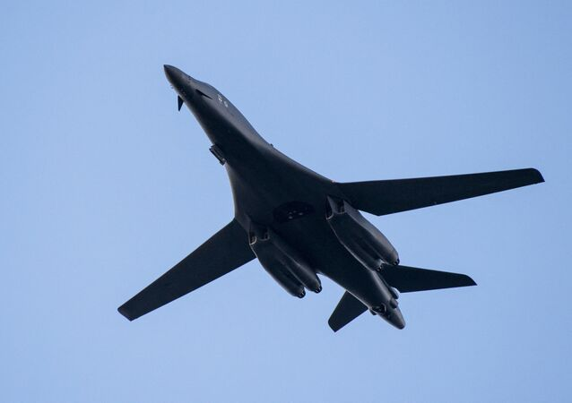 L'aereo bombardiere supersonico Rockwell B-1 Lancer dell'Air Force Usa